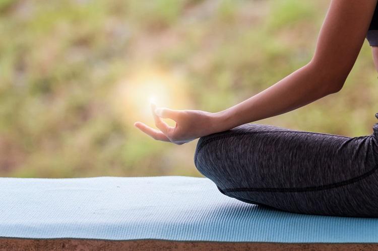 瞑想の効果とは? セルフイメージの変化main